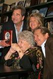 Kyss Beau Bridges, Lucinda Bridges, Jeff Bridges, Dorothy Bridges Royaltyfri Bild