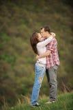 Kyss i haka Arkivbild