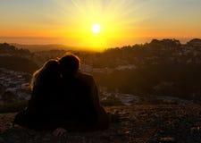 Kyss i solen Arkivfoton