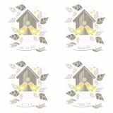 Kyssande gula fåglar som gifta sig etiketter Royaltyfri Bild