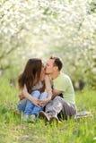 Kyssande par Arkivbild
