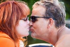 Kyssen fotografering för bildbyråer