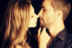Kyssförälskelse Arkivbild