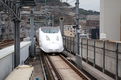 Kyushu Shinkansen Gewehrkugelserie mit 800 Serien Stockbilder