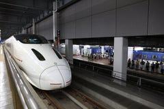 Kyushu Shinkansen tren de punto negro de 800 series Foto de archivo