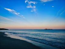 Là où la terre et la mer se réunit photos stock