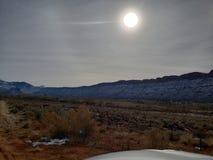 Là où le désert rencontre les montagnes photographie stock libre de droits