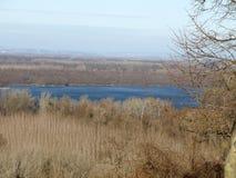 Là où le Danube embrasse le ciel Photographie stock libre de droits