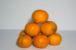 Lá laranjas sobre mais altas Imagem de Stock Royalty Free