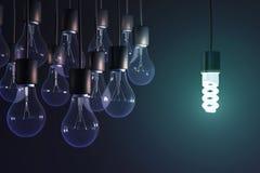 Lámpara ahorro de energía entre el bulbo stock de ilustración