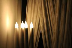Lámpara amarilla clara de la vela foto de archivo libre de regalías