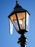 Lámpara de calle quebrada Fotografía de archivo libre de regalías