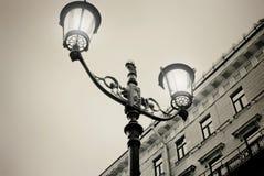 Lámpara de calle Tarde en St Petersburg Efecto retro imagen de archivo libre de regalías