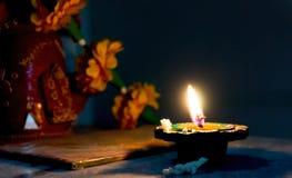 Lámpara de Earthernware encendida en Diwali Fotos de archivo libres de regalías