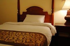 Lámpara de la cama y de vector Fotos de archivo