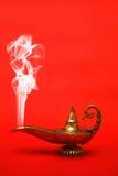 Lámpara de los genios que fuma Foto de archivo libre de regalías