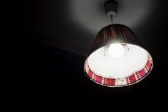 Lámpara del techo con las decoraciones coloridas Foto de archivo