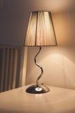 Lámpara elegante de la noche Fotos de archivo libres de regalías
