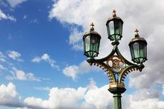 Lámpara en el cielo fotografía de archivo