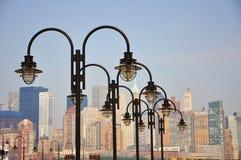 Lámpara en la cubierta, New York City imagenes de archivo
