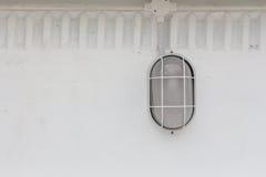 lámpara en la pared imagenes de archivo