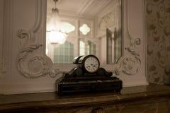 Lámpara en vestíbulo Fotos de archivo