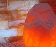 Lámpara Himalayan de la sal Imagen de archivo libre de regalías