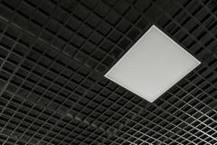 lámpara moderna del techo con color negro imagenes de archivo
