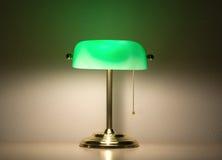 Lámpara verde de los banqueros Imagenes de archivo