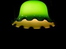 Lámpara verde hermosa de la campana con el fondo negro Imagenes de archivo