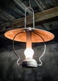 Lámpara vieja del petróleo Fotografía de archivo