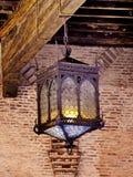Lámpara vieja en el castillo Imagenes de archivo