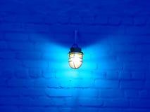 Lámpara y pared Foto de archivo libre de regalías