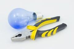 Lámpara y una llave. Foto de archivo libre de regalías