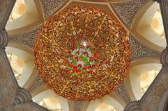 Lámparas cristalinas Sheikh Zayed Grand Mosque Imágenes de archivo libres de regalías