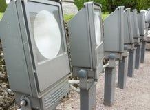 Lámparas de calle en fila Sistema al aire libre de las luces Imagen de archivo