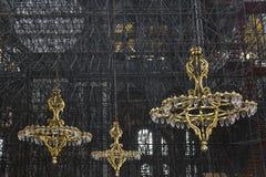 Lámparas del color oro en Haghia Sophia Foto de archivo libre de regalías
