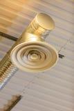 Lámparas eléctricas en el celling interior Poder y energía ligeros Imágenes de archivo libres de regalías