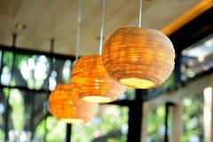 Lámparas hechas del mimbre fotografía de archivo