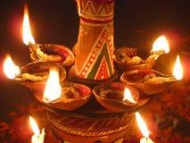 Lámparas indias tradicionales el día de fiesta de Diwali