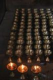 Lámparas llameantes de la fe y del rezo del fuego Imágenes de archivo libres de regalías