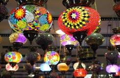 Lámparas multicoloras tradicionales turcas Foto de archivo libre de regalías