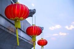 Lámparas o linternas rojas chinas para la celebración del Año Nuevo Fotografía de archivo