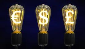 Lámparas que brillan intensamente los símbolos de las monedas del mundo Imagenes de archivo