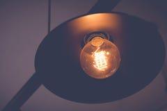 Lámparas retras en el techo fotos de archivo libres de regalías