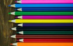 Lápices coloreados brillantes Foto de archivo