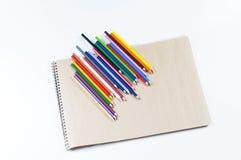 Lápices coloreados brillantes Fotografía de archivo libre de regalías