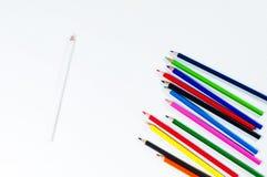 Lápices coloreados brillantes Foto de archivo libre de regalías