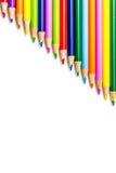 Lápices coloreados en filas fotografía de archivo libre de regalías
