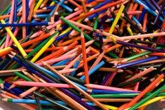 Lápices coloreados fondo Fotografía de archivo libre de regalías